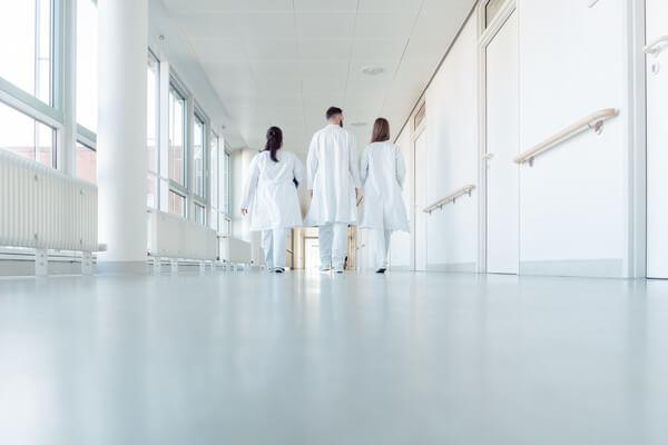 医師で転職回数が多い理由とは?