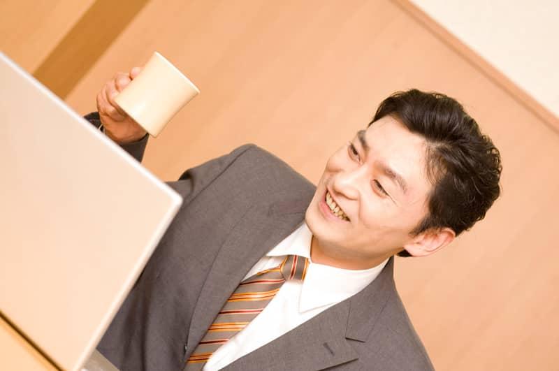【初級者用】できるビジネスマンなら常識!正しいネクタイの選び方とは?の画像